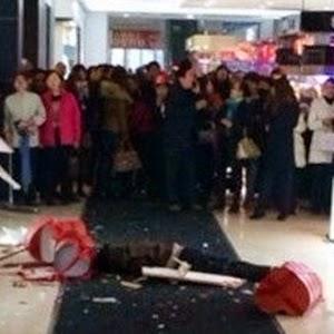 Girlfriend Gila Shopping Boyfriend Bunuh Diri