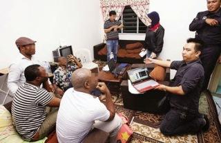 Warga Afrika Jadi Jutawan Tipu Rakyat Malaysia
